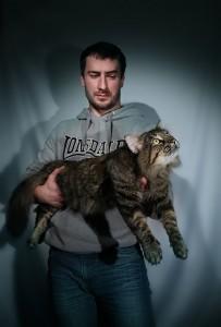 Юрий Донку с Форестом, питомник кошек NORDCATOREL породы норвежская лесная в Орле
